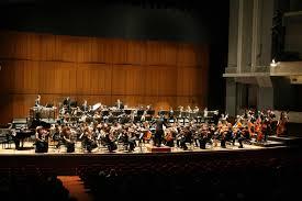 La domenica ? All'Auditorium Rai Arturo Toscanini.