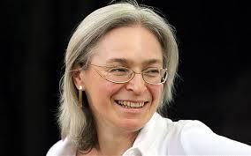 Alla giornalista russa Anna Politovskaya Torino dedicherà una biblioteca.