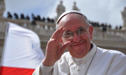 Torino è pronta ad accogliere il papa: tutte le informazioni utili circa l'itinerario, i servizi, mezzi pubblici e viabilità.