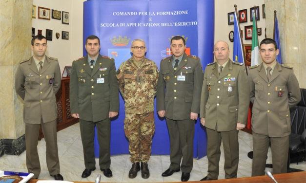Delegazione armena in visita al Comando della Scuola di Applicazione dell'Esercito.