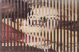Lo Scrittore poeta e artista visivo Jiri Kolar in froissages alle pareti della galleria Roccatre.