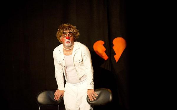 Come passa l'amore attraverso gli occhi di un Clown? Lo racconta ClownLoveShow.
