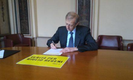 """""""Verità per Giulio Regeni"""" la campagna lanciata da Amnesty International sottoscritta dalla città."""