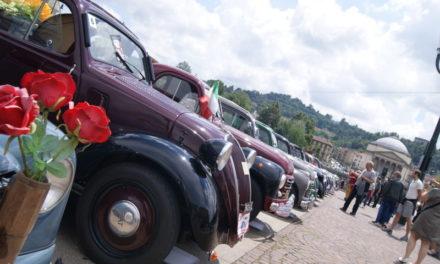 Festa per le Fiat Topolino. In arrivo da tutta Europa per festeggiare i loro primi ottant'anni.