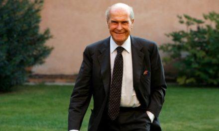 Nelle parole di Adele Artom il ricordo prezioso del Professor Umberto Veronesi.