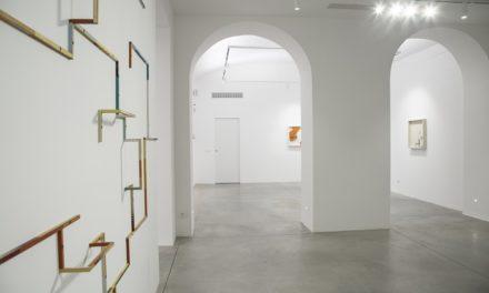 Le caleidoscopiche astrazioni di Ted Larsen alla galleria Privateview, prima personale europea.