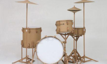 Creazioni e ri-creazioni creative dell'inglese Chris Gilmour in galleria ad Alba.