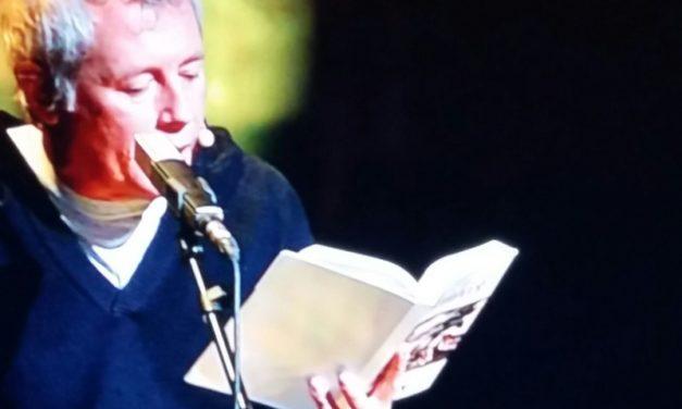 """Baricco legge i """"Frutti dell'ira"""". Il Furore di John Steinbeck tra teatro e diretta tivù."""