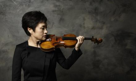 Trent'anni di pazienza per risentire Kyung Wha Chung, stella indiscussa del violino suonerà accompagnata da Kevin Kenner.