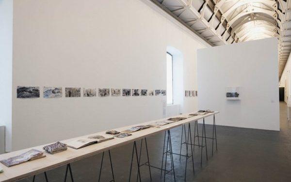 """Al Castello di Rivoli la poesia e l'energia dell' """"arte outsider"""" di Anna Boghiguian."""