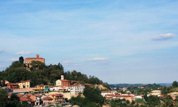 Promozione turistica in road show per Langa e Roero. Guide e brochure per l'Europa.