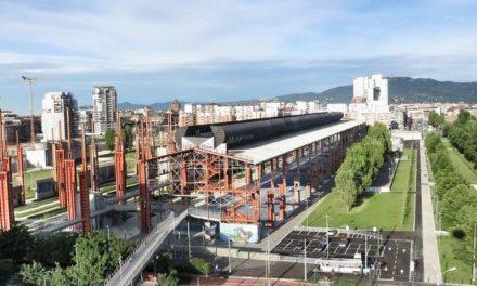 L'area del Parco Dora nella sua età del ferro e dell'acciaio. Diverrà museo.
