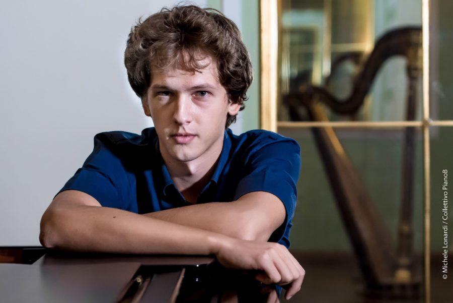 Ivan Krpan, vincitore del premio Busoni nella sala dei 500 per Lingotto Giovani.