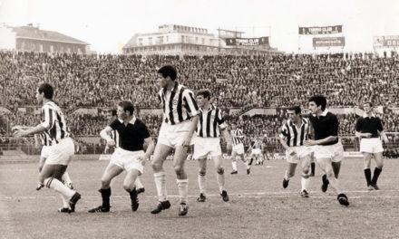 Juventus e Torino, storia calcistica e rivalità all'ombra della Mole.