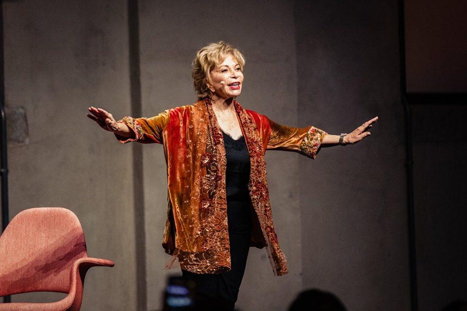 Aspettando il Salone. Isabel Allende alla Nuvola Lavazza.