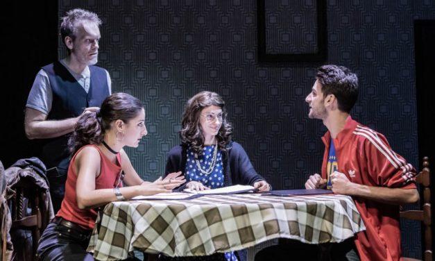 Distanti ma in platea. Il Carignano ospita Summer Plays, un cartellone per l'estate.