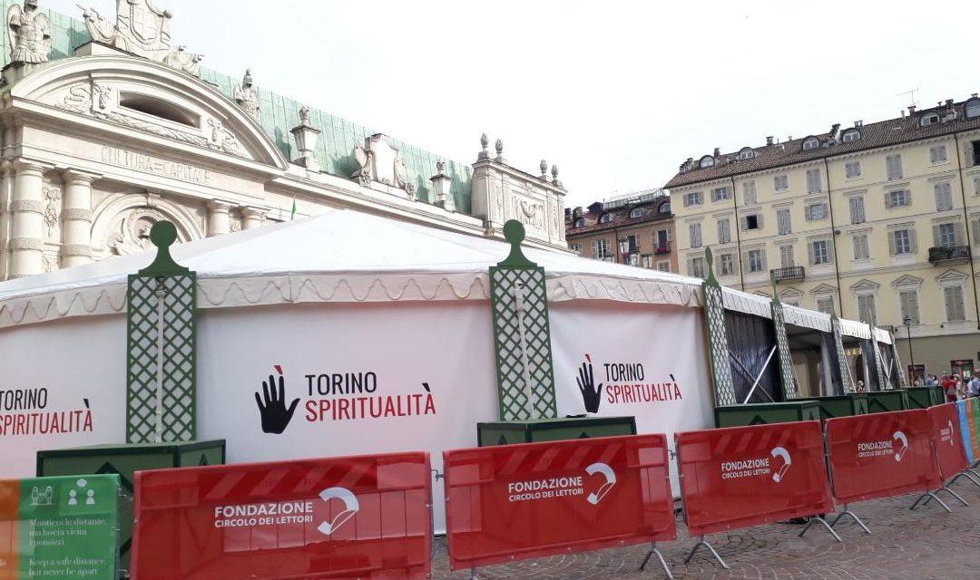 """I desideranti di Torino Spiritualità giungono """"al glorioso porto""""."""