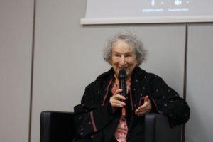 Parole per le persone. Margaret Atwood